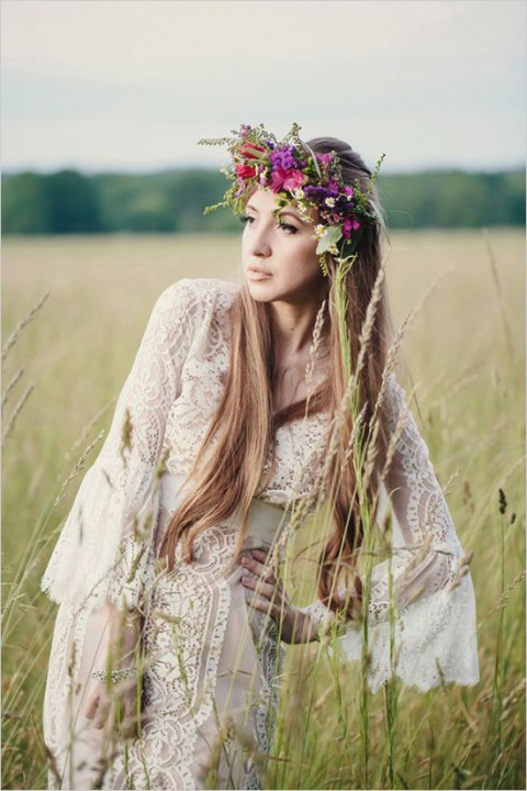 45 Beautiful Boho-Chic Wedding Dresses | HappyWedd.com