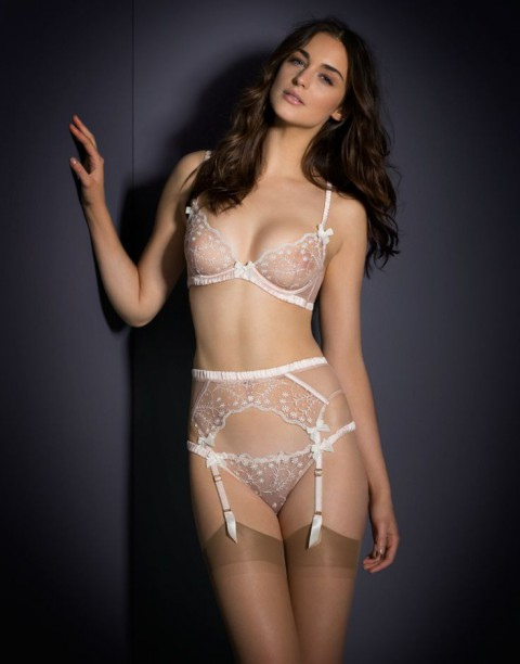 honeymoon_lingerie_36