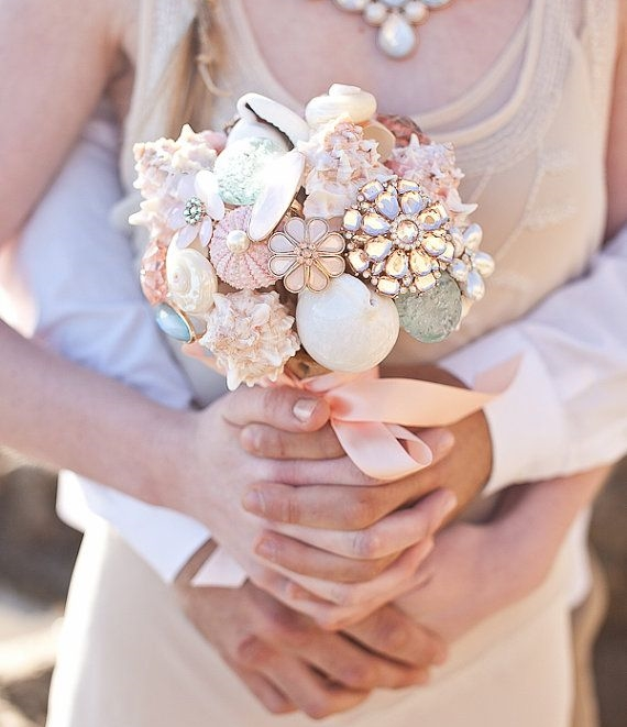 47 Traditional And Unconventional Beach Wedding Bouquets