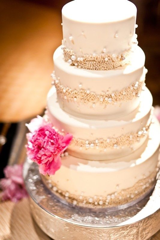 2014 Trend: 86 Glam Wedding Cakes
