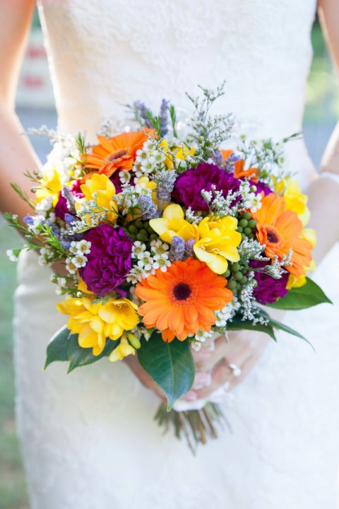 100 amazing summer wedding bouquets for every bride. Black Bedroom Furniture Sets. Home Design Ideas