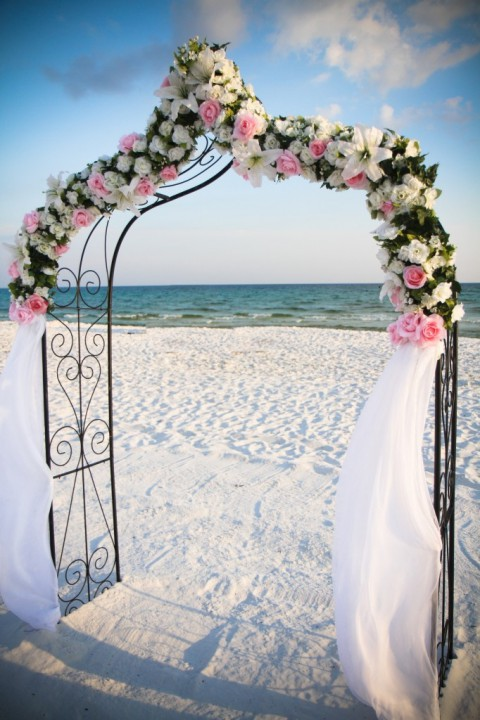 69 adorable beach wedding arches happywedd by mia junglespirit