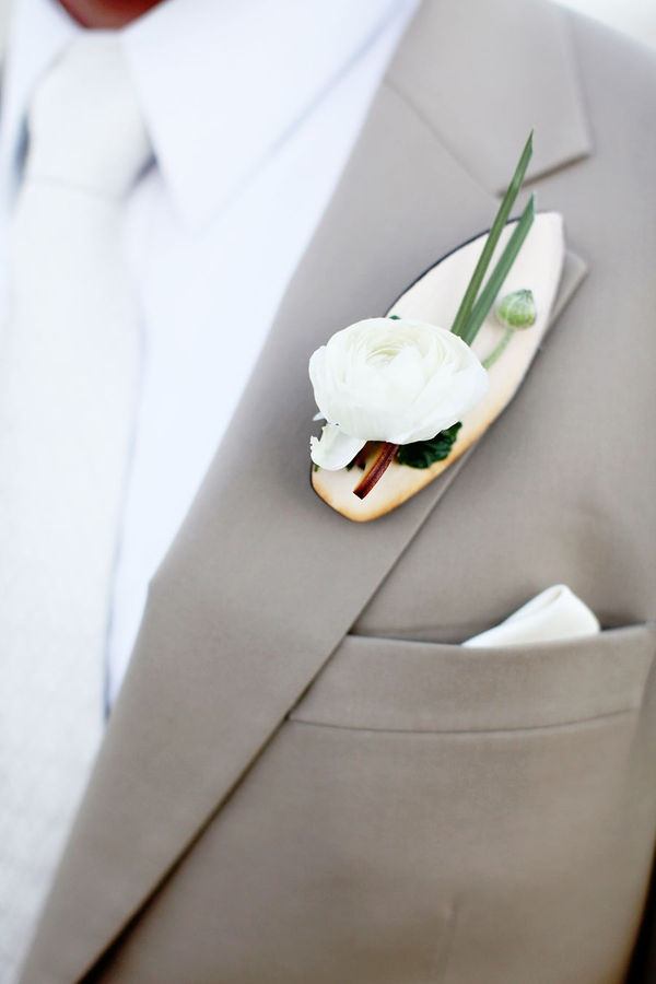 47 Pretty Beach Wedding Boutonnieres