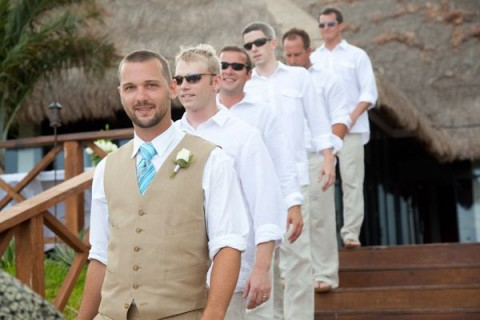 beach_groom_02