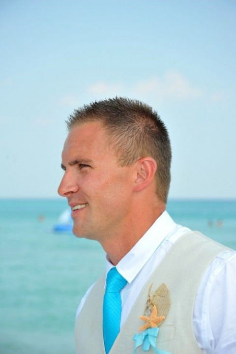beach_groom_17
