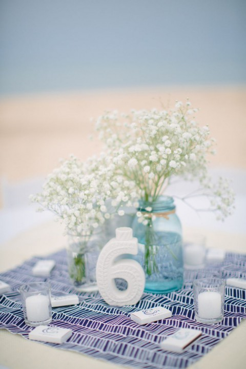 beach_table_numbers_16