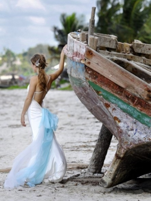 blue_beach_wedding_07