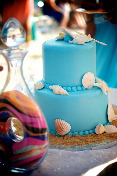blue_beach_wedding_12