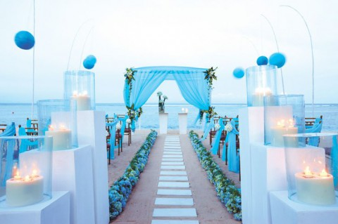 blue_beach_wedding_13