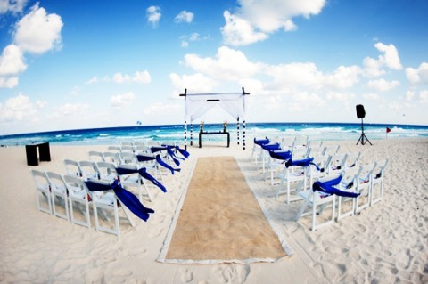 blue_beach_wedding_31