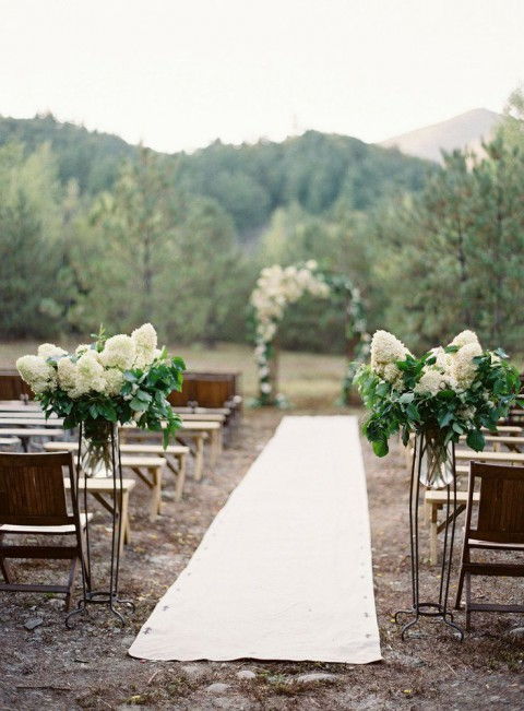 outdoor_wedding_aisle_02