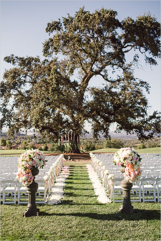 Outdoor wedding aisle 06 for Aisle decoration ideas for wedding