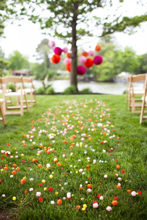 outdoor_wedding_aisle_12