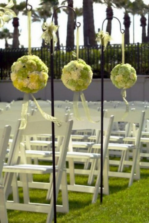 outdoor_wedding_aisle_13