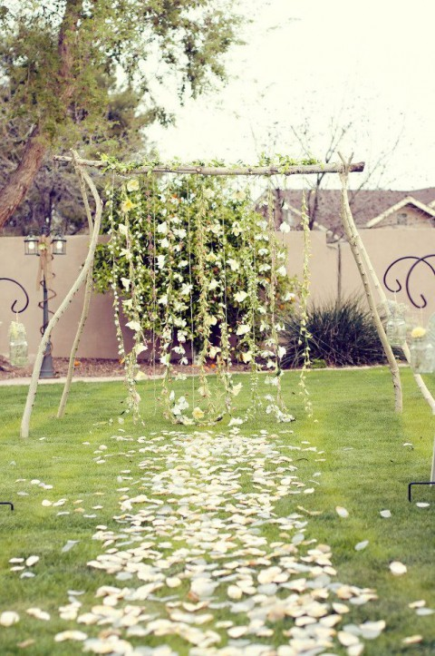 outdoor_wedding_aisle_21