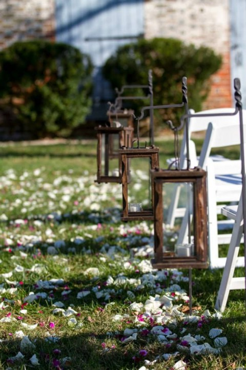 outdoor_wedding_aisle_23