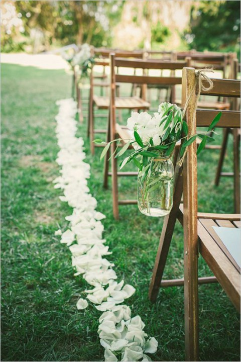 outdoor_wedding_aisle_39