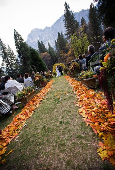 outdoor_wedding_aisle_42