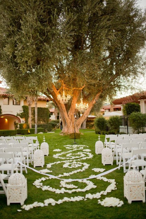 outdoor_wedding_aisle_46
