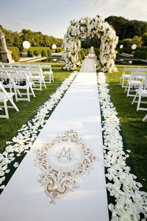 outdoor_wedding_aisle_53
