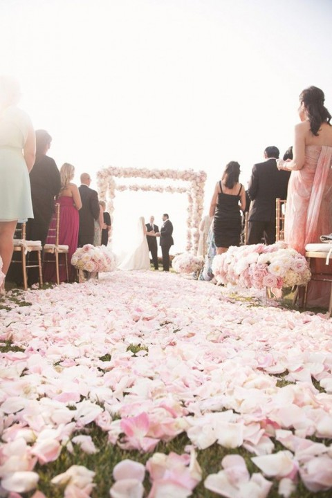 outdoor_wedding_aisle_62