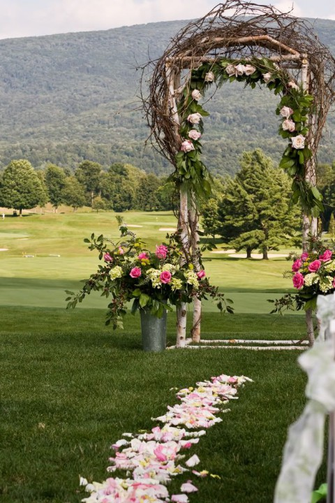 outdoor_wedding_aisle_68