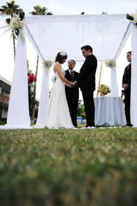 outdoor_wedding_arch_09