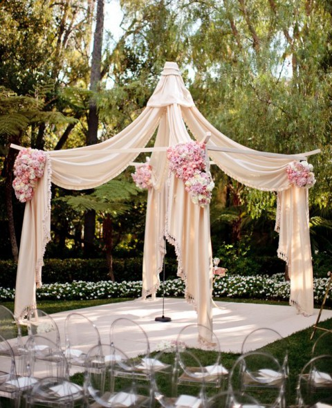 outdoor_wedding_arch_13