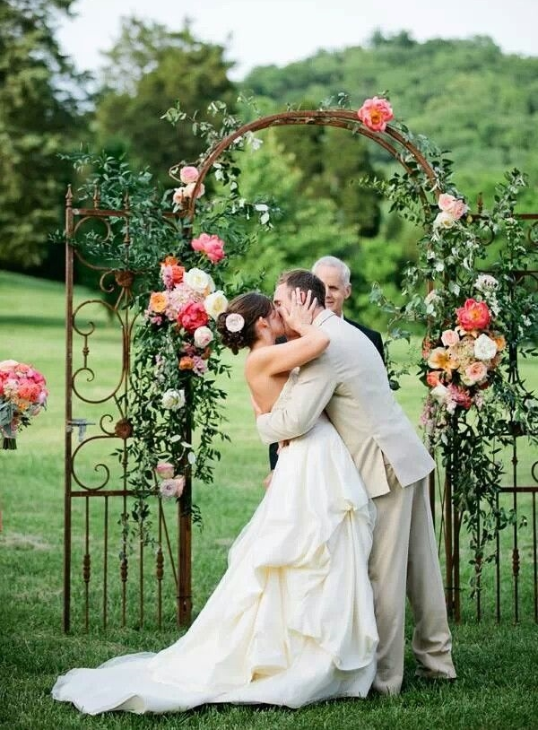 43 Outdoor Summer Wedding Arches