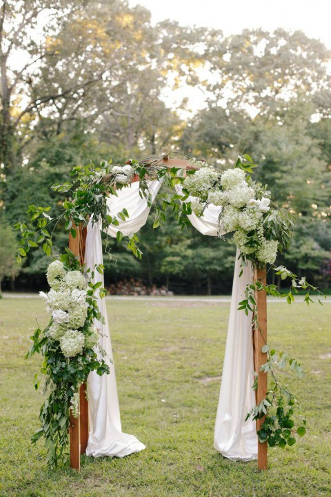 outdoor_wedding_arch_28