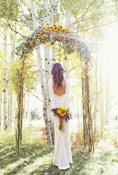 outdoor_wedding_arch_29