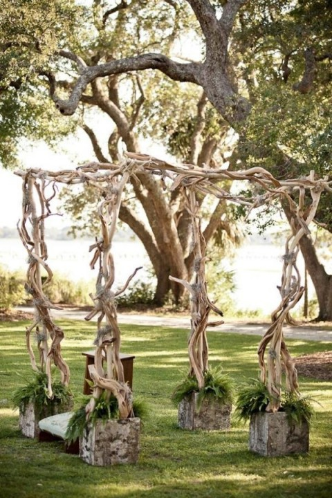 outdoor_wedding_arch_42