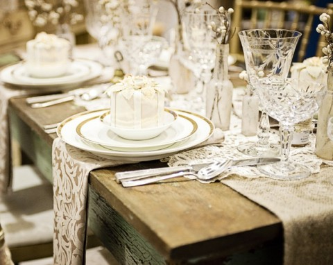 & 98 Rustic Wedding Table Settings | HappyWedd.com