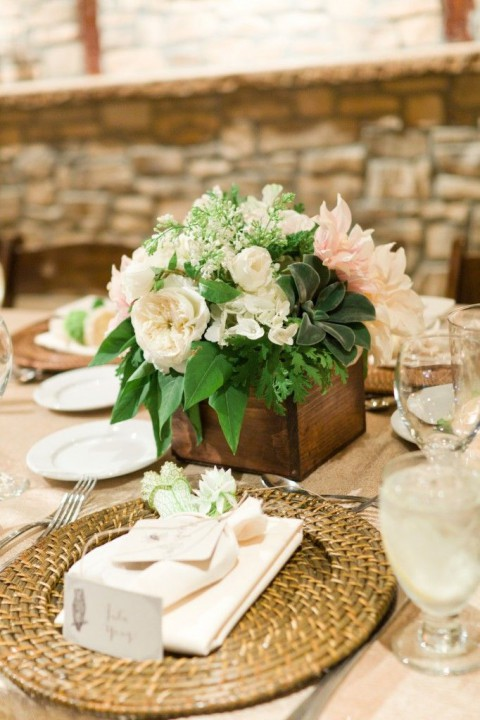 rustic_table_47