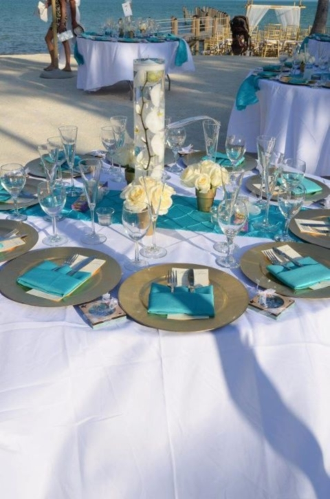 61 Bright Turquoise Wedding Ideas