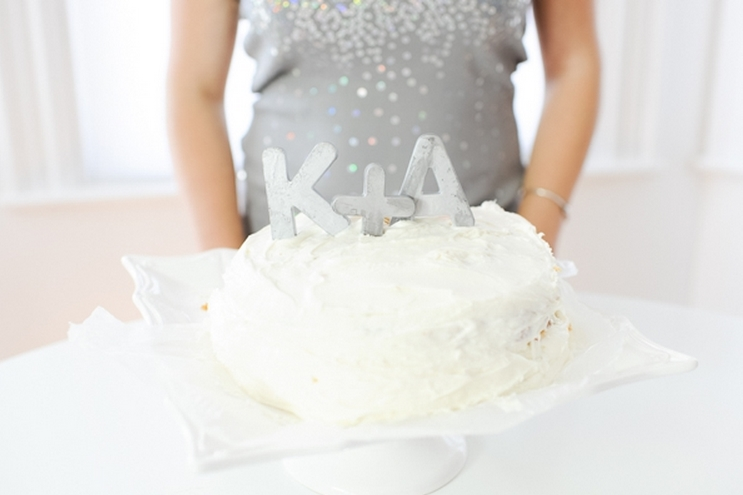 12 DIY Wedding Cake Toppers That You'll Love
