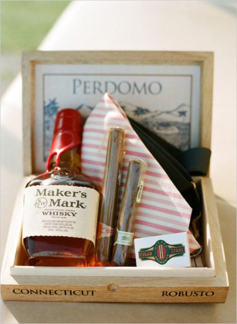 Wedding Gift Idea For Groomsmen : 30 Cool And Creative Groomsmen Gifts HappyWedd.com