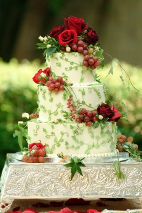 54 Yummy Vineyard Wedding Cakes And Cheese Towers | HappyWedd.com
