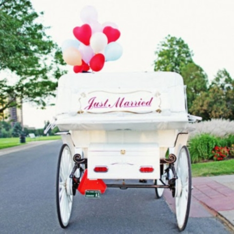 46 Creative Ways To Incorporate Balloons Into Your Wedding Decor