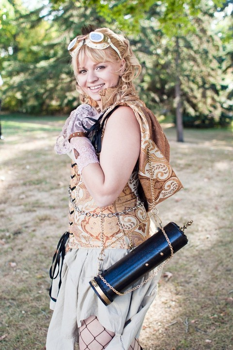 steampunk_bridesmaid_06