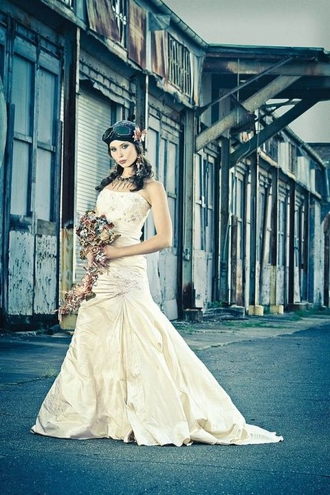 35 Unique Steampunk Wedding Gowns | HappyWedd.com