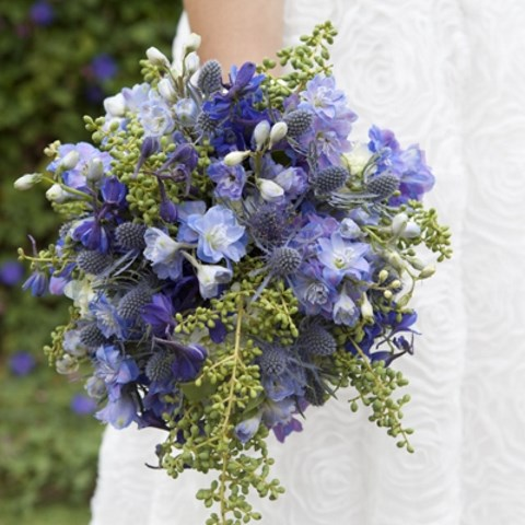DIY_wedding_bouquets_bride_01
