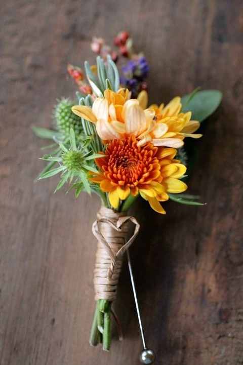 37 Fall Wedding Boutonnieres For Every Groom | HappyWedd.com