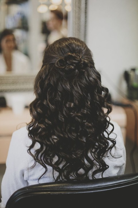28 Awesome Wedding Half Updos | HappyWedd.com