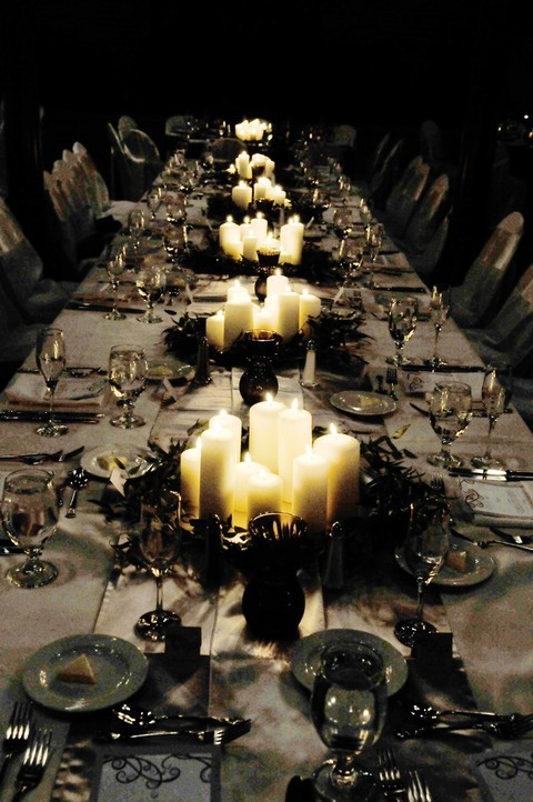 45 Stunning Halloween Wedding Centerpieces HappyWeddcom
