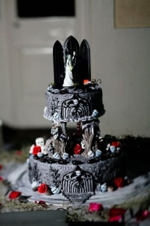 70 unique halloween wedding cakes happyweddcom - Halloween Wedding Cakes Pictures