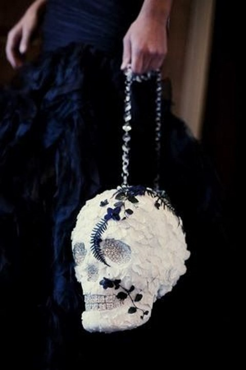 40 Soft Gothic Wedding Ideas Dramatic And Chic Happywedd