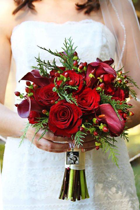 Christmas Wedding Bouquets Ideas : Fabulous christmas wedding bouquets happywedd