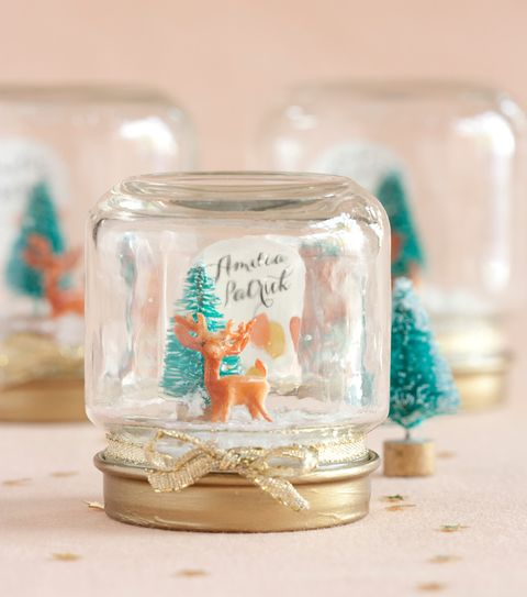 22 DIY Winter Wedding Favors That Excite
