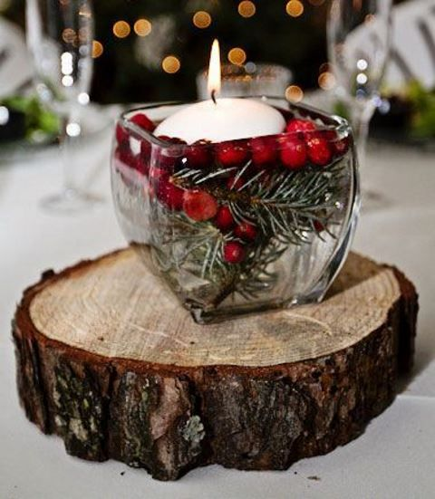 33 charming christmas wedding centerpieces happywedd 33 charming christmas wedding centerpieces junglespirit Image collections